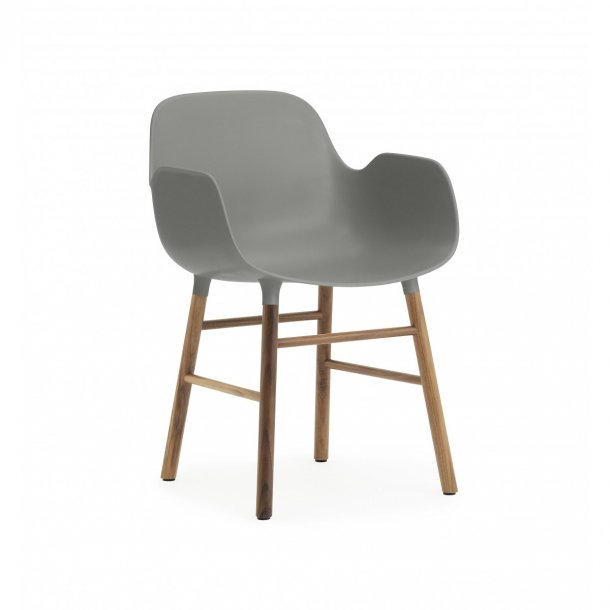 Normann copenhagen form armchair valn d for Normann copenhagen italia